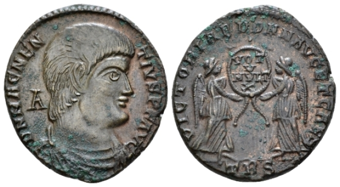 Magnentius, 350-353 Æ2 Treviri late 351 - From an old Canadian collection. (Starting Bid £ 30*)